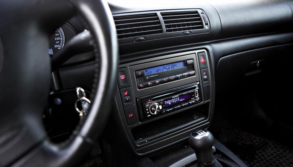 KAN VÆRE LETTE MÅL: DAB-radioer i bil kan være enkle å hacke, ifølge ny rapport. Foto: Anette Karlsen / Scanpix