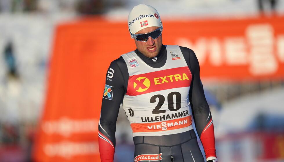 FIASKO: Petter Northug siktet seg inn på gode resultater på Lillehammer. Det kunne ikke gått så mye verre enn i dag. Foto: Geir Olsen / NTB scanpix