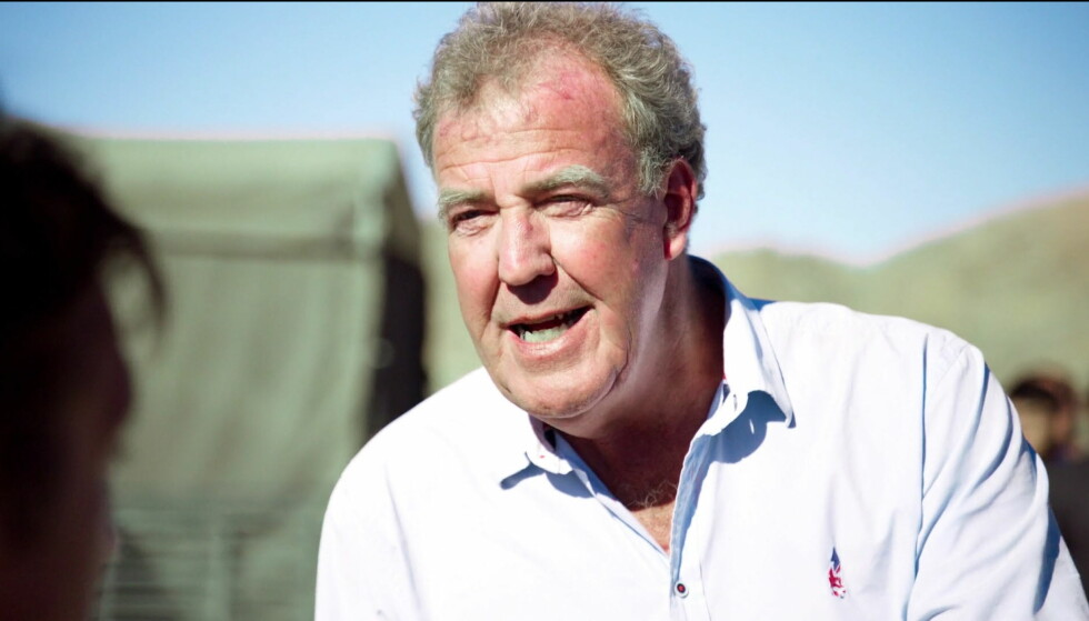 STATUE: En gigantversjon av den britiske bilprogramlederen Jeremy Clarksons hode skaper hodebry for fansen. FOTO: Wenn / NTB Scanpix
