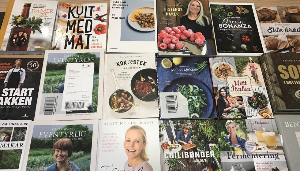 FOR MATELSKERE: Her er noen av årets mange kokebøker. Her er noe for enhver matelsker. Vi gikk for seks bøker hvor vi også testet oppskrifter. Vinneren er altså best blant de seks, ikke nødvendigvis best av alle. Foto: CHRISTOPHER SJUVE