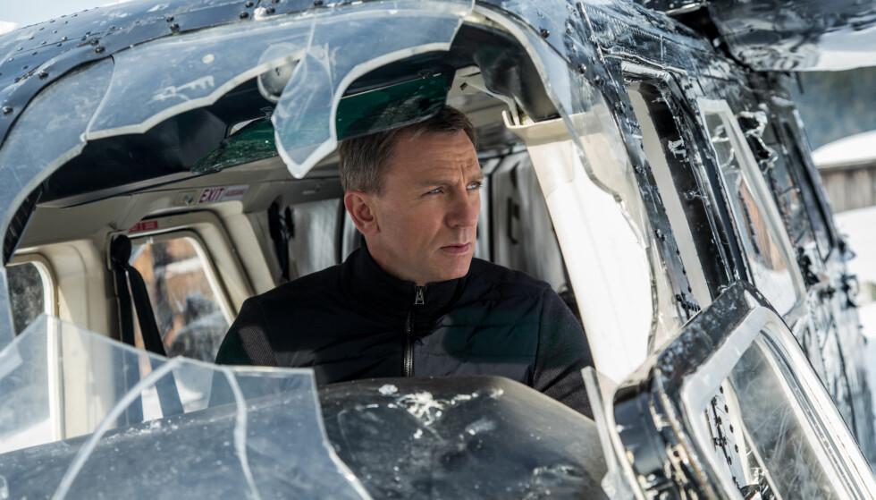 HOPPER OVER NORGE: Daniel Craig har spilt James Bond i flere år, sist i «Spectre». Nå er Craig ute av Bond-franchisen, men flere filmer er på vei. Ifølge den norske produsenten Per Henry Borch er Norge aktuell som location for den neste Bond-filmen, men en knotete søknadsfrist for skatterefusjon gjør at milliardprosjektene drar til andre land, hevder han.