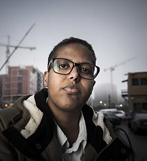 2016 Amal Aden portretter i studio og i Tøyenparken. Portrett. Foto: Lars Eivind Bones / Dagbladet