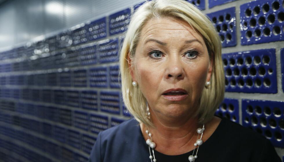 STØRRE KVOTE: Næringsminister Monica Mæland vil øke fedrekvoten. Foto: Terje Pedersen / NTB scanpix