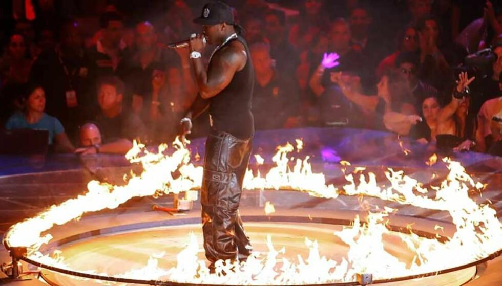 POMPØS: 50 Cent er en av få amerikanske rappere som har solgt bra i år. FOTO: SCANPIX/REUTERS