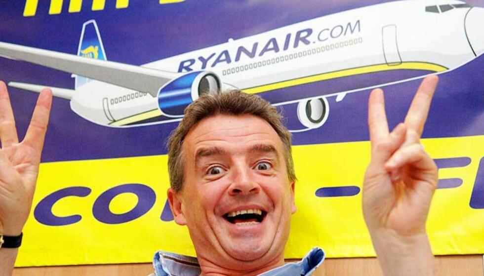SIKKERHET:  Ryanairs leder Michael O\'Leary har handikapreglement som Blindeforbundet aldri har hørt om. Foto: SCANPIX