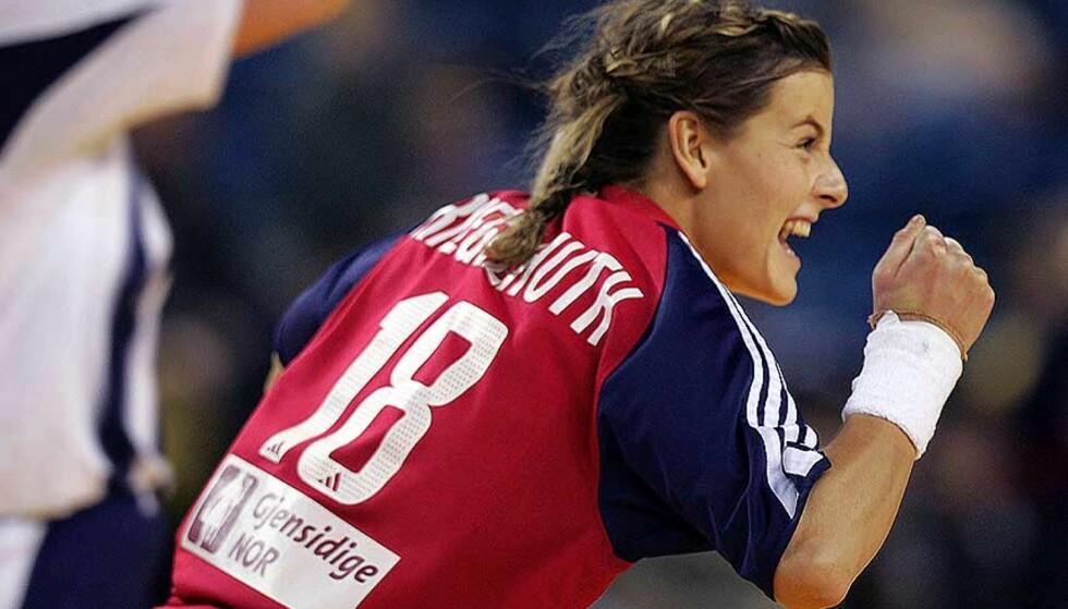 TOPPSCORER: Linn-Kristin Riegelhuth ble norsk toppscorer mot Danmark med sju mål. Foto: Scanpix