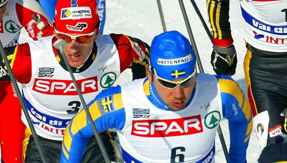 SLUTT? Per Olofssons (i midten) karriere kan være over, skriver Aftonbladet. Foto: Dylan Martinez/Reuters/Scanpix