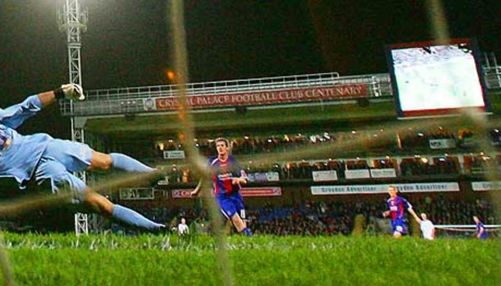 GERRARD PUTTET: Men det holdt ikke med ett mål for Liverpool. Foto: REUTERS