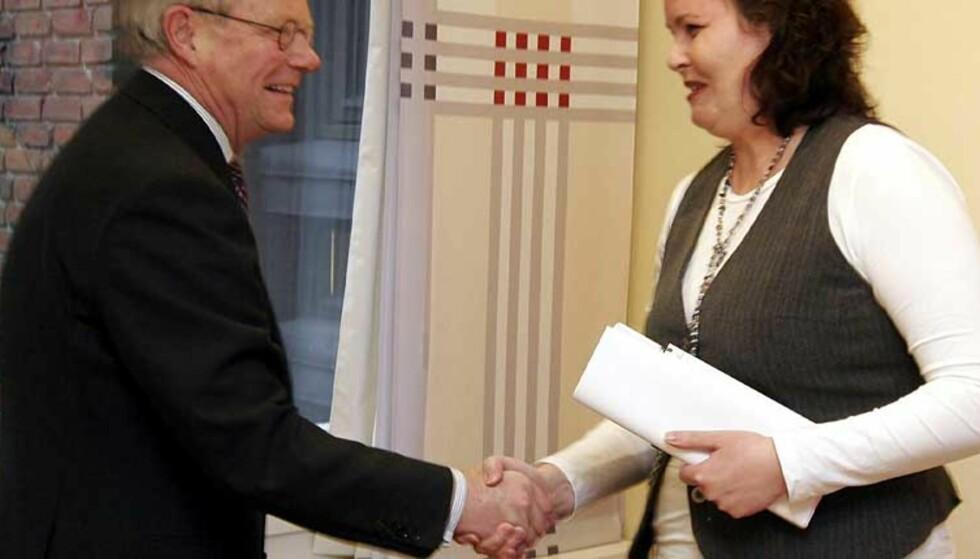 TRAKK SEG: Harald Arnkværn ga beskjed om at han trekker seg som styreleder i Vinmonopolet etter et møte med helse- og omsorgsminister Sylvia Brustad. Foto: SCANPIX