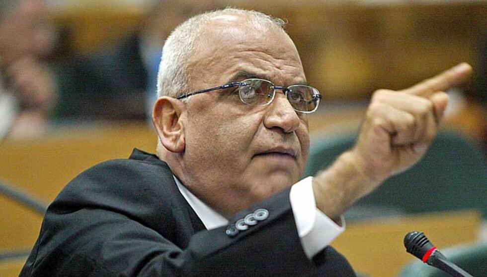 TILBAKEVISER: - Israel har rett til å eksistere, sier palestinernes sjefforhandler Saeb Erekat. Foto: Scanpix