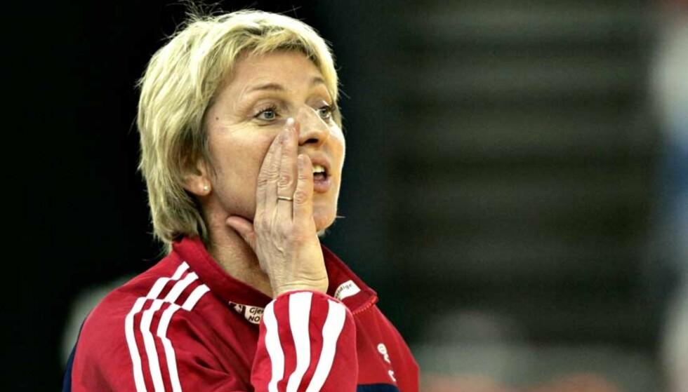 USIKKERT: Landslagssjef Marit Breivik har mistet en rekke nøkkelspillere før VM, men ser fram til at unge erstattere skal stå fram. Foto: Bjørn Langsem