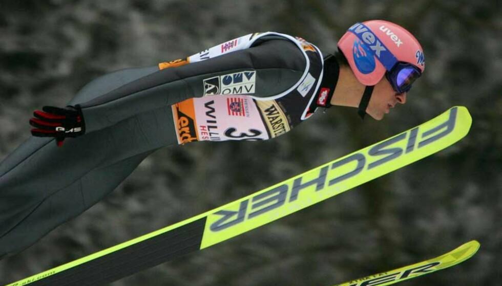 VANT:  Andreas Kofler slo til med et kjempehopp og klar ledelse i første omgang. han hadde ingen problemer med å forsvare førsteplassen. Foto: Scanpix
