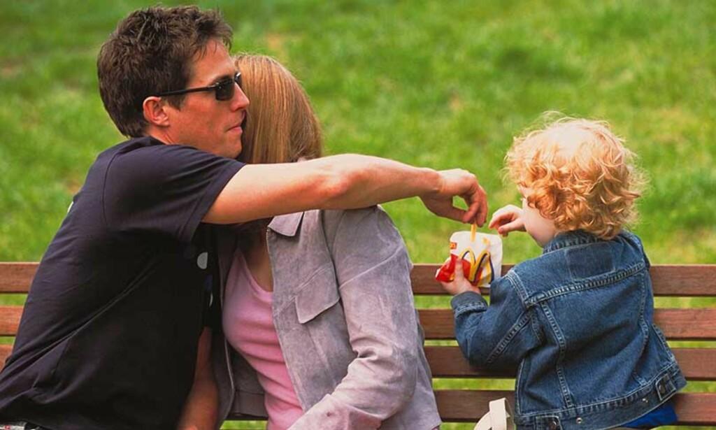 BØR IKKE FLYTTE BORT MED BARNA:  Stortinget vil gjøre det vanskeligere for en av foreldrene å flytte til et nytt sted med barna. Foto: Filmweb.no