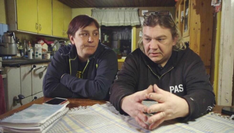 KJEMPET FOR DATTEREN: Marilyns foreldre Anki og Pasi mener de ikke fikk nok hjelp av svenske myndigheter, og tok selv grep for å få datteren hjem. Foto: SVT