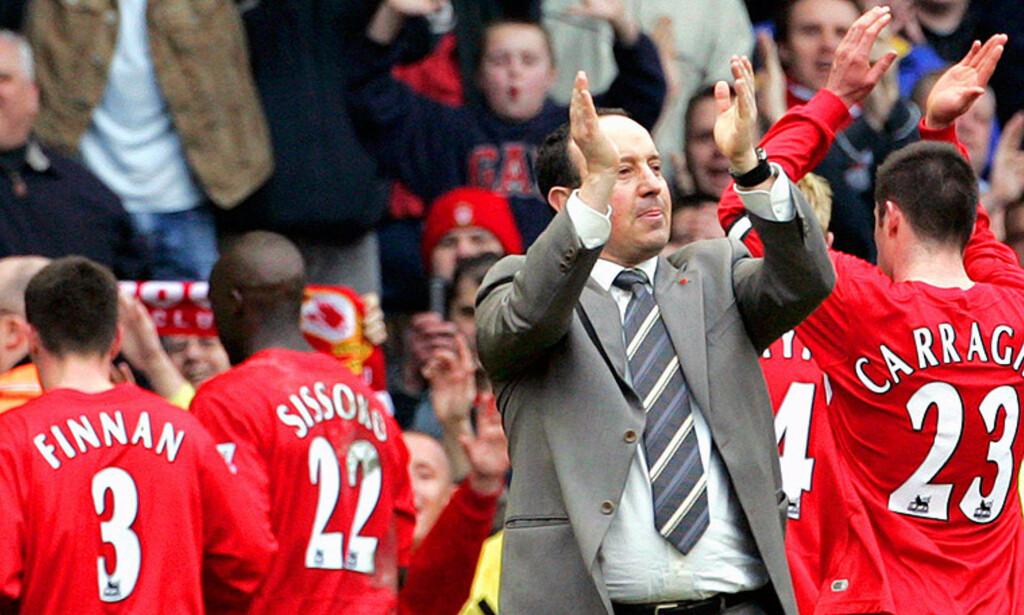 VIL KLATRE: Liverpool-manager Rafael Benitez har ikke gitt opp håpet om sølvmedaljer. Foto: REUTERS