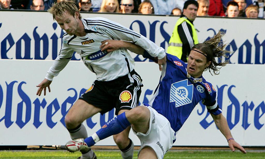 VILLE HA STRAFFE: Christer Basma er ikke i tvil om at han ble felt. Her er han i en annen duell, med Daniel Berg Hestad. Foto: TOM E. ØSTHUUS