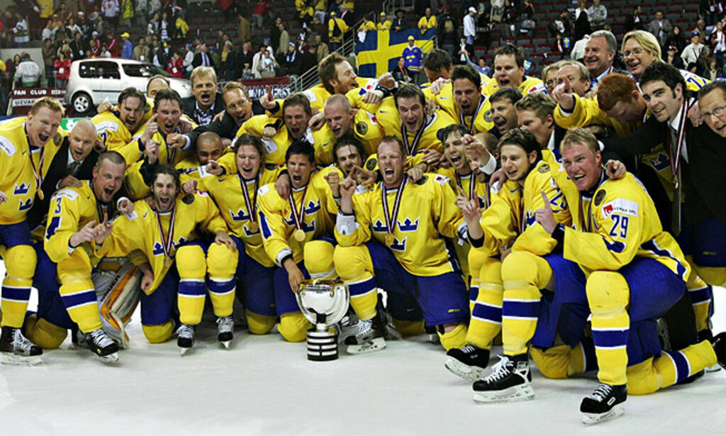 BEST I VERDEN: Tre Kronor banket Tsjekkia 4-0 i VM-finalen. Foto: AP