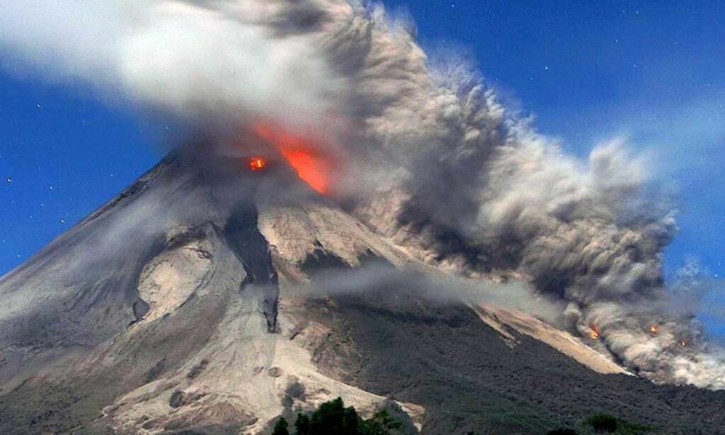 MOUNT MERAPI   våknet kraftig til liv igjen i dag. Foto: Scanpix/EPA.