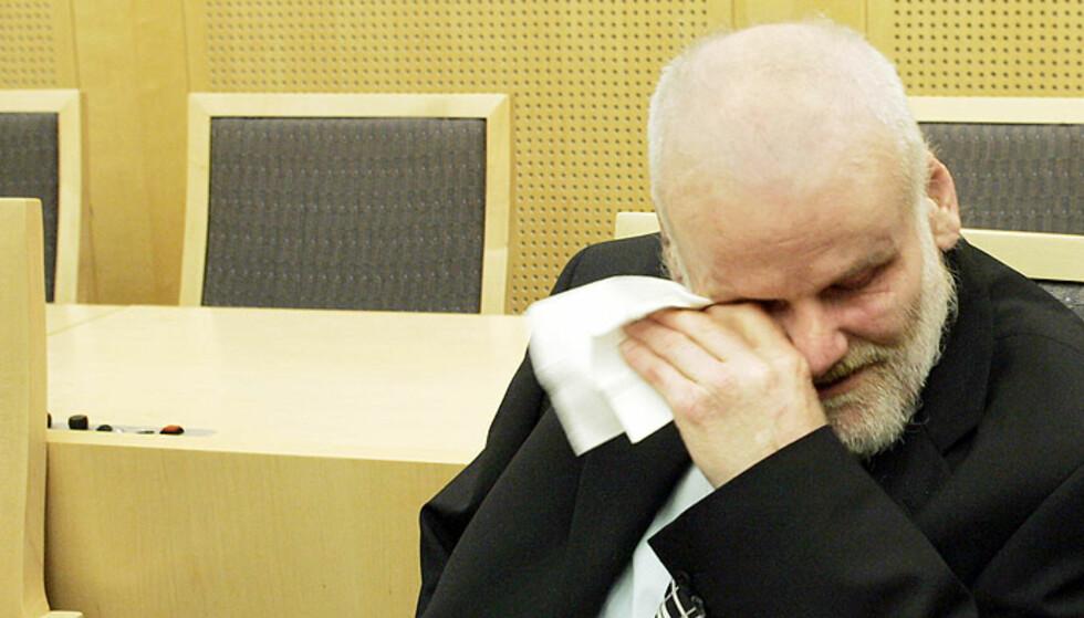 FRIKJENT: Fritz Moen i retten i 2004 etter å ha blitt frikjent for drapet på Sigrid Heggheim. Foto: Scanpix