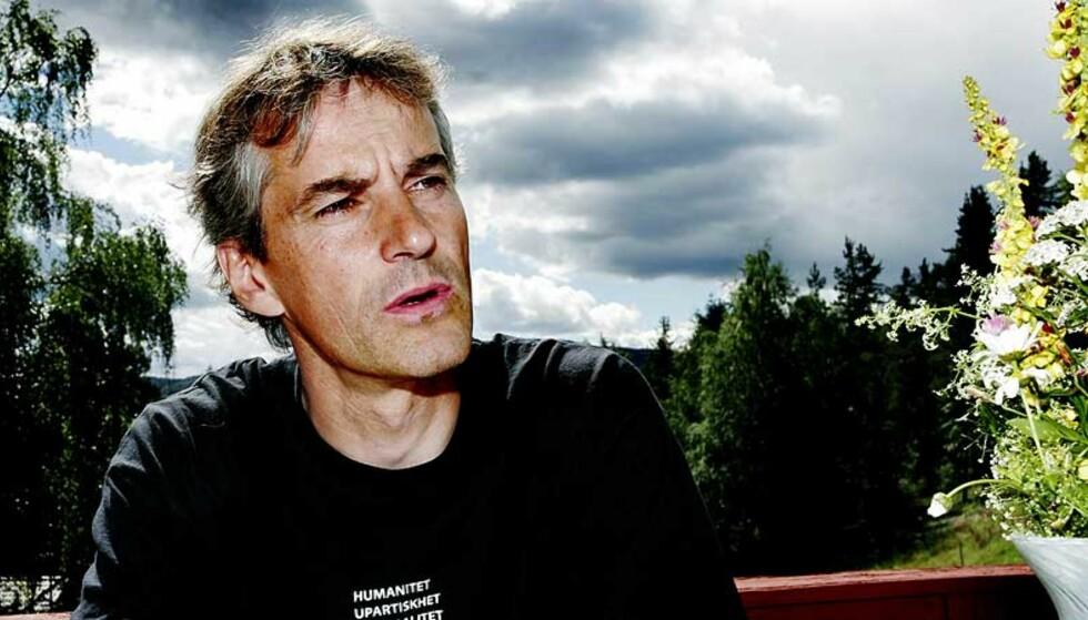 LAGELIG TIL: Jostein Gaarder stiller seg lagelig til for sterke reaksjoner, mener utenriksminister Jonas Gahr Støre. Foto:Elisabet Sperre Alnes