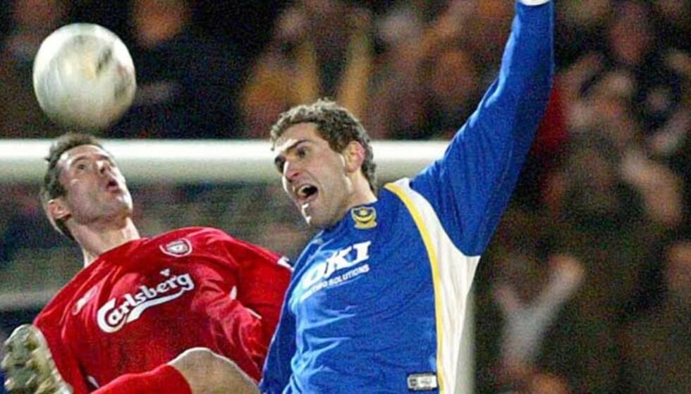 TYSKLAND NESTE STOPP? Tidligere RBK- og Brann-spiller Azar Karadas har allerede prøvd seg i England og Portsmouth. Nå kan han havne i Tyskland og Kaiserslautern. Foto: GERRY PENNY/EPA/SCANPIX
