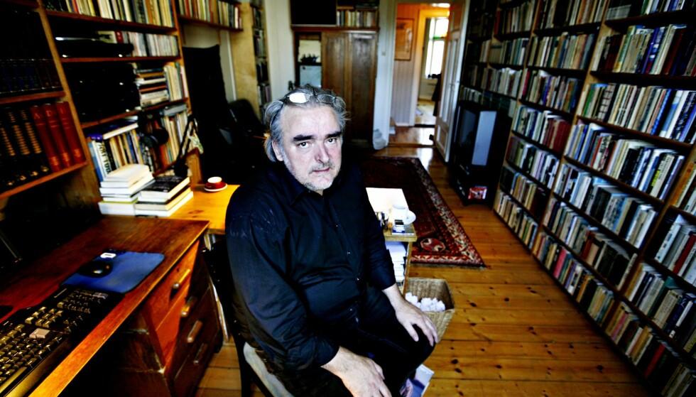 FJERDE I SERIE: Ole Robert Sunde er ute med ny essaysamling, den fjerde i en egen skriftserie. Foto: NTB SCANPIX / Aftenposten / Carl Martin Nordby