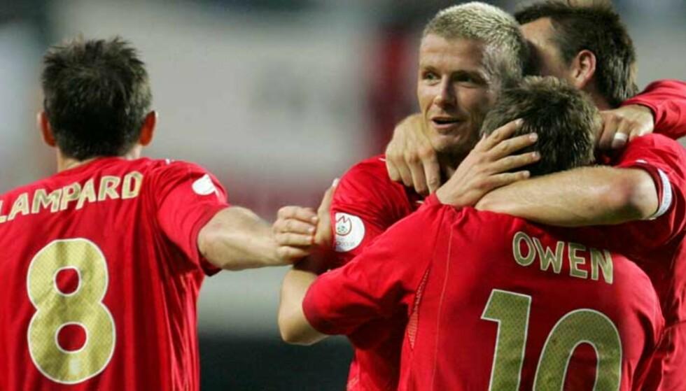 SERVITØREN ER TILBAKE: David Beckham er tilbake på det engelske landslaget, og sånt blir det mål av. Foto: AP