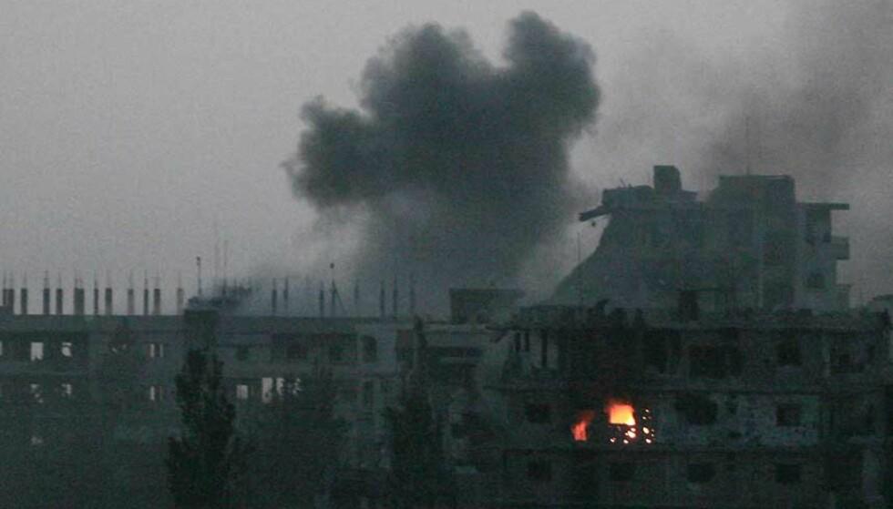 17 DREPT VED FLYKTNINGELEIER: Minst 17 personer, inkludert to hjelpearbeidere er drept i løpet av de siste dagene i kamper mellom ytterligående muslimsk gruppe og libanesiske styrker. Foto: JINAN NOUR AL-DUNIA/AFP/SCANPIX.