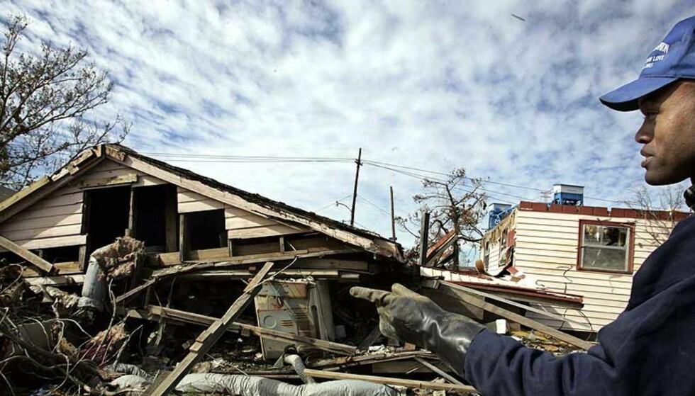 KNUST: Rundt 1000 mennesker døde da orkanen Katrina traff den amerikanske delstaten Louisiana og byen New Orleans i august 2005. Foto: SCANPIX