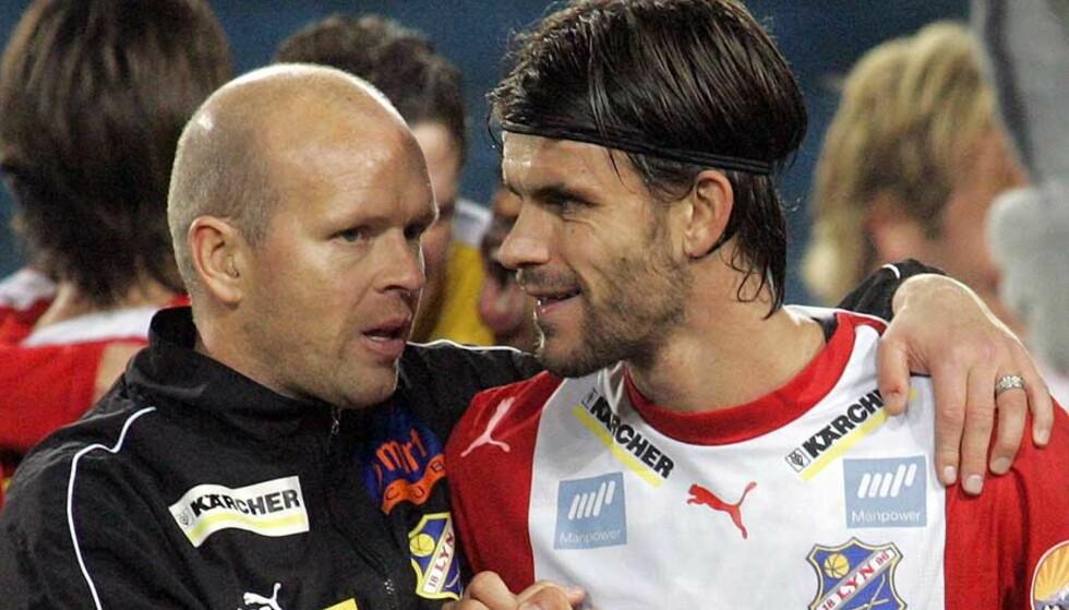 KAN MISTE KAPTEINEN: Lyn-trener Henning Berg (t.v.) får en skikkelig nøtt å knekke hvis han må erstatte kapteinen og midtbanestrategen Stefan Gislason. Foto: LISE ÅSERUD/SCANPIX