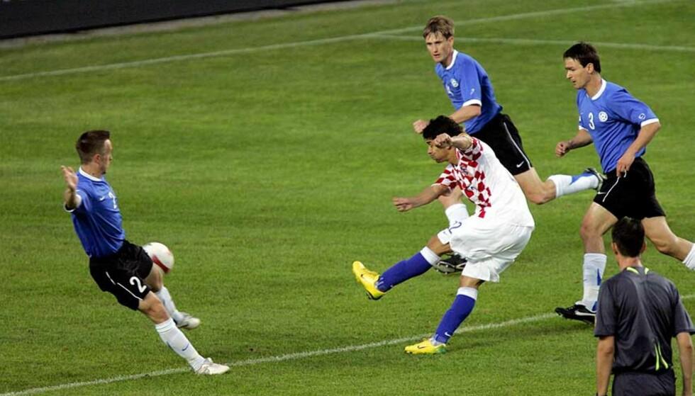 STORE SKO Å FYLLE: Eduardo Da Silva fra Dinamo Zagreb skal være på vei til Arsenal. Foto: RAIGO PALUJA/AFP