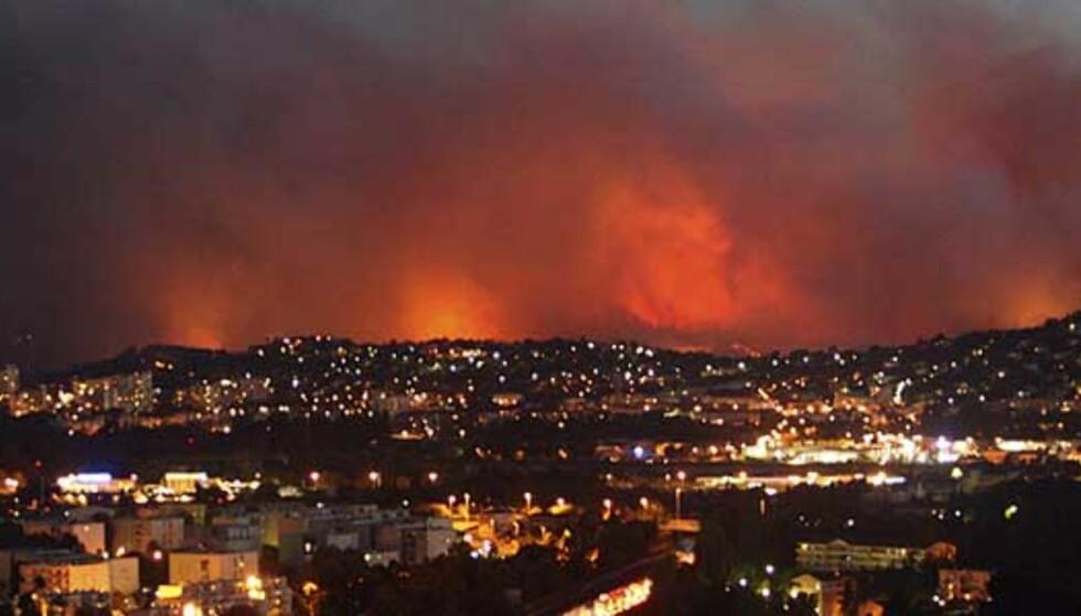 Tusener evakuert fra branner