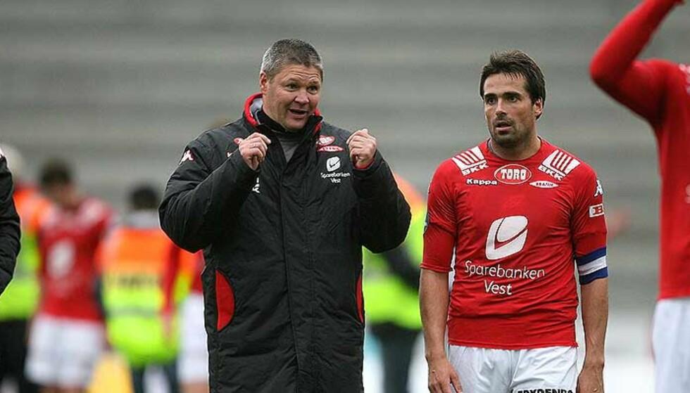KJØLIG? Dette er Bergensavisens beskrivelse av forholdet mellom trener Mons Ivar Mjelde (t.v.) og kaptein Martin Andresen i Brann. Foto: