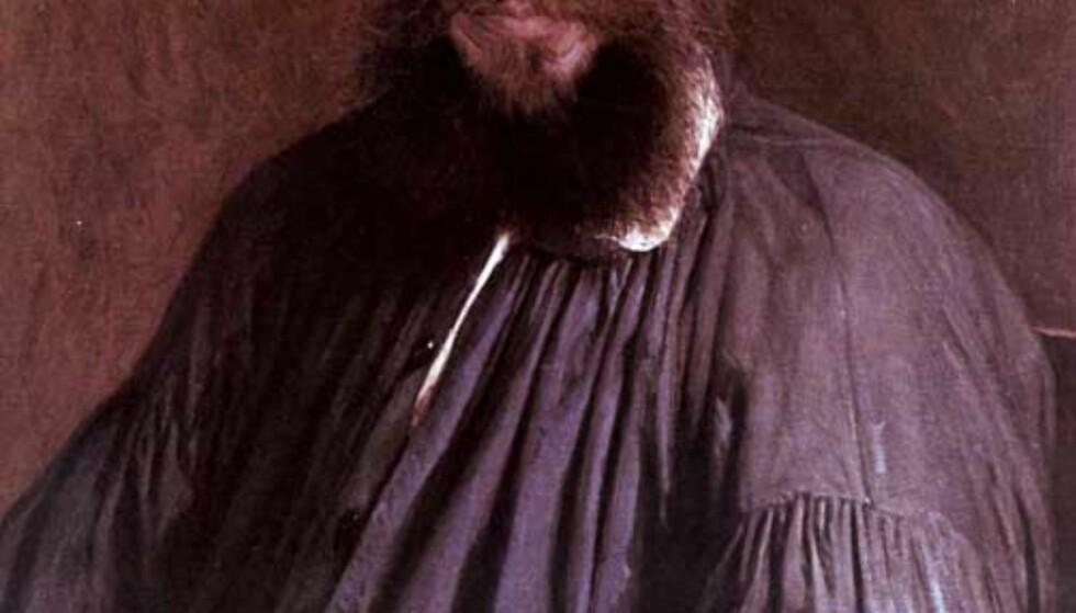 """SKREV MESTERVERKET FOR 140 ÅR SIDEN Den russiske forfatteren //en.wikipedia.org/wiki/Leo_Tolstoy"""">Leo Nikolajevitsj Tolstoj levde fra 1828 til 1910. Her portrettert av maleren I. Kramskoj. Foto: NOVOSTI/SCANPIX"""