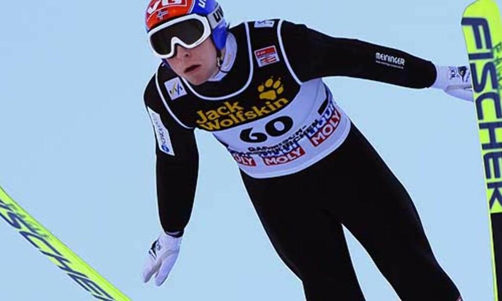 FRAMGANGEN FORTSETTER: Anders Jacobsen, som ligger på åttendeplass i Hoppuka så langt, var godt fornøyd mitt sitt kvalifiseringshopp i dag. Foto: TERJE BENDIKSBY/SCANPIX