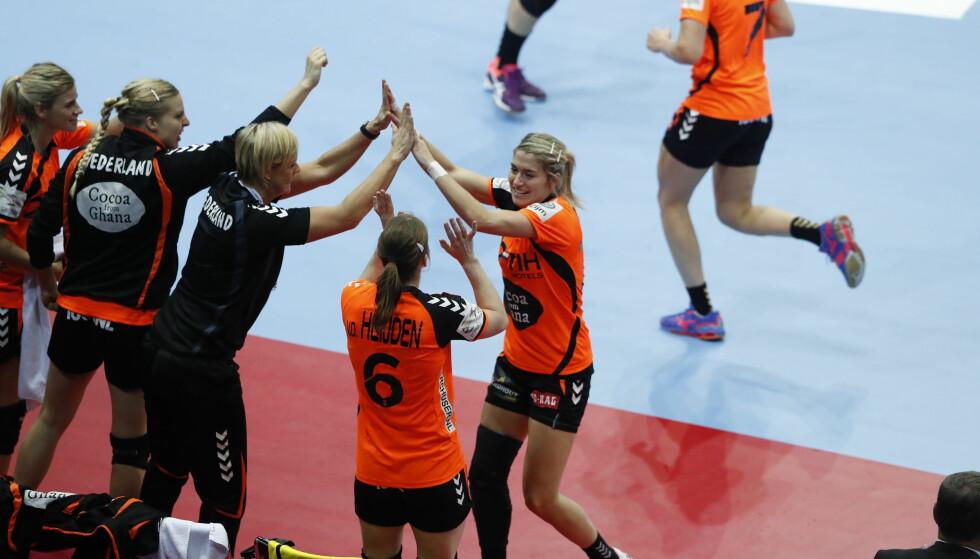 JUBEL: Estavana Polman og Nederland er klare for finale. Polman var blant banens beste i semifinalen mot Danmark..  Foto: Bjørn Langsem / DAGBLADET