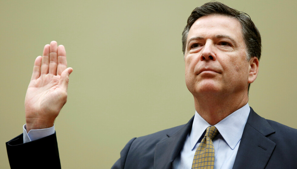 ENIG MED CIA: FBI-direktør James Comey stiller seg bak CIAs konklusjon i hackersaken tilknyttet årets valg. Foto REUTERS/Gary Cameron/NTB Scanpix