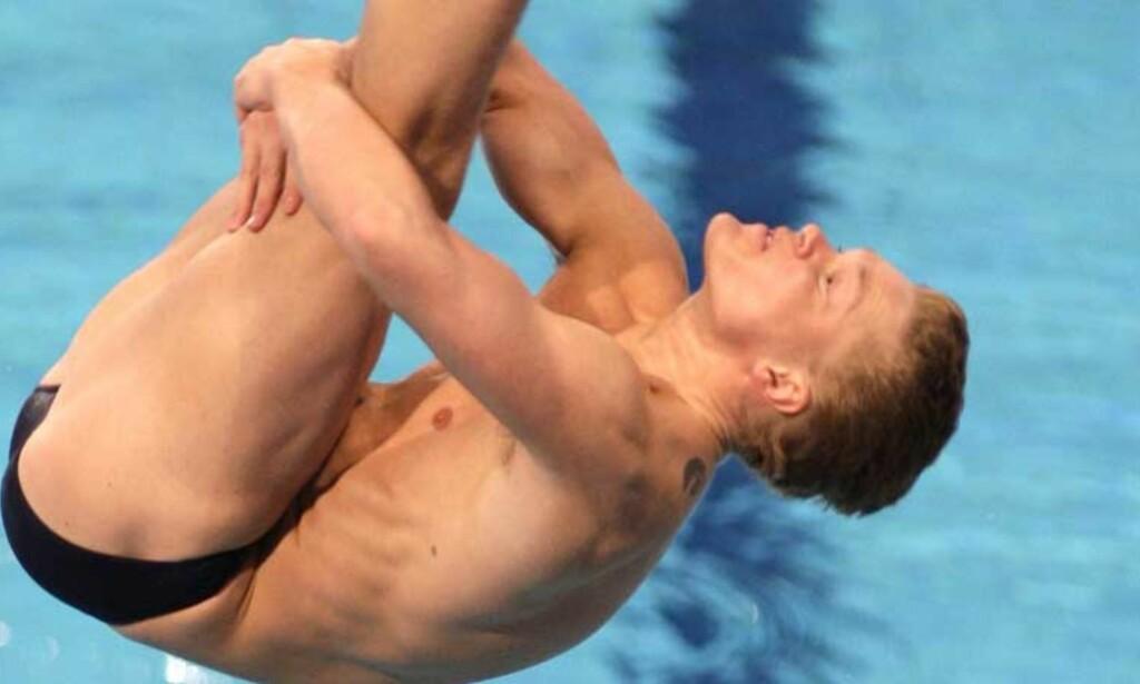 FINALEKLAR: Timo Klami kvalifiserte seg seint i går kveld til EM-finalen i 3 meter sviktstup. Foto: Bas Czerwinski, AP/Scanpix