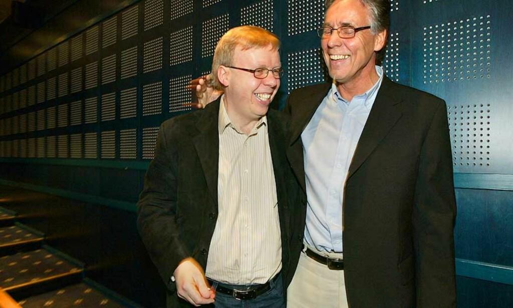 IKKE NYTT SAMARBEID: Rune Hauge og fotballforundets Geir P. Solstad hadde god grunn til å smile etter å ha landet tidenes tv-avtale i 2005. Denne gangen skal milliardene rulle inn uten den omstridte agentens hjelp. Foto: Erlend Aas/Scanpix