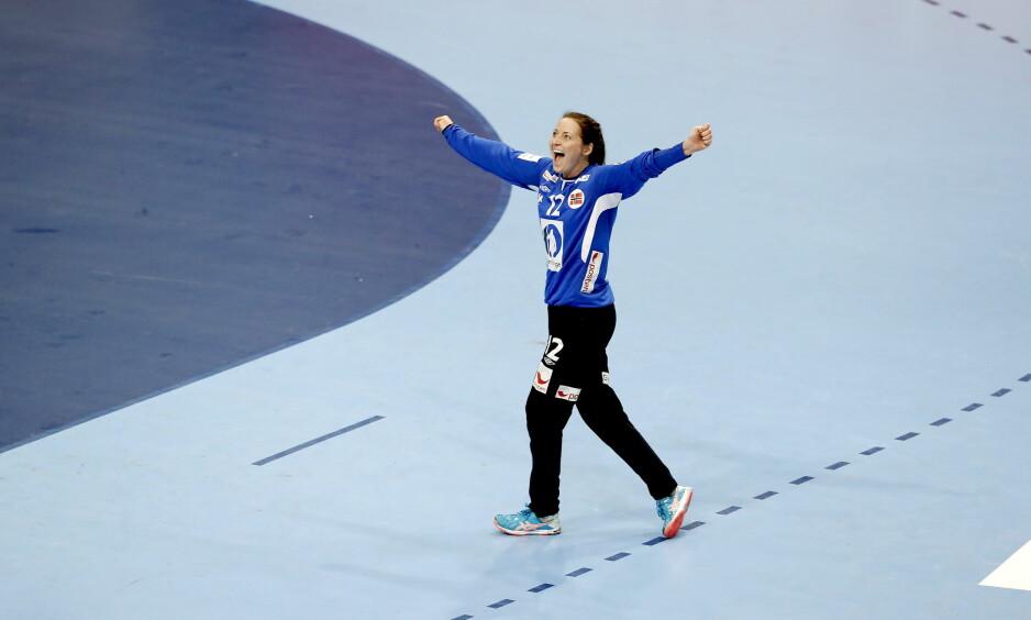 SUPER-SOLBERG: Silje Solberg kom inn etter 10 minutter og stengte målet. Foto: Bjørn Langsem / DAGBLADET