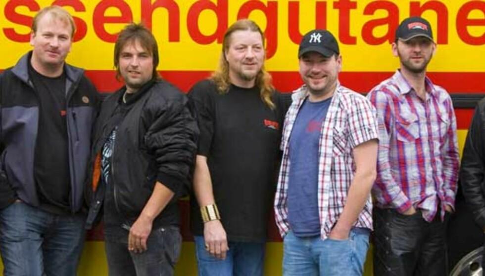 Vassendgutane har forhåndssolgt over 20 000 av det nye albumet, «XO». Foto: Promo
