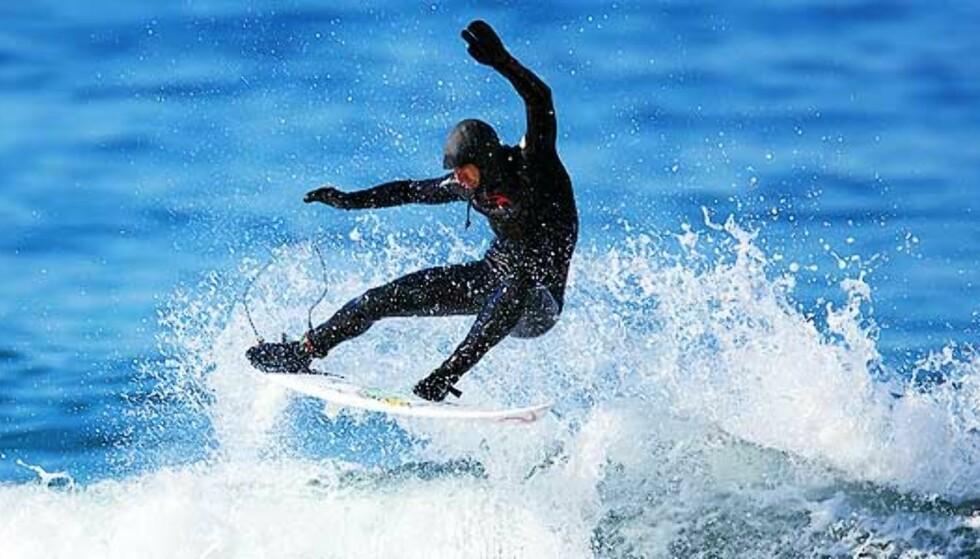Her surfer verdensstjernene i Lofoten