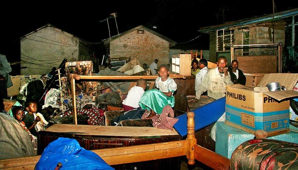 HEVN: Slumbeboere i Nairobi deltok i en demonstrasjon i januar i fjor. Samme kveld ble et fattigkvarter midt i byen jevnet med jorda. Foto: MARTE MICHELET
