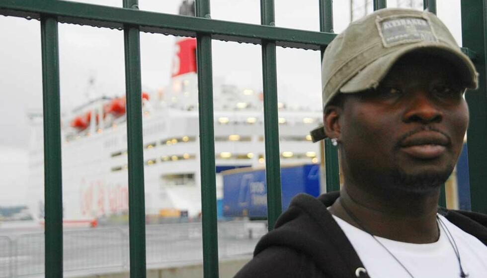 SKUFFET: Ousainou Jeng ble nektet å dra med Stena Line til Fredrikshavn fordi han ikke hadde med seg bagasje. Andre reisende ble derimot ikke bedt om å fremvise klesskift, ifølge vennegjengen. Foto: Silje Bryne/Dagbladet