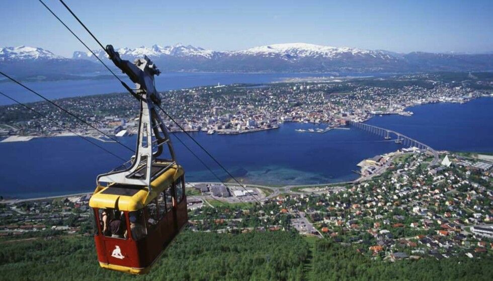 TROMSØ BLIR HOVEDSTAD: En gruppe på Facebook ønsker at Nord-Norge skal bli en egen stat,- Republikken Hålogaland. Hovedstaten blir Tromsø (bildet). Foto: FRITHJOF FURE / INNOVASJON NORGE