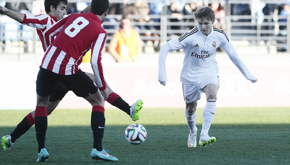 ETTERLENGTET TREPOENGER: Martin Ødegaard og Real Madrid Castilla har ikke vunnet på fem strake kamper. Det snudde på Ødegaards 18-årsdag. Her fra debutkampen for Castilla i fjor. Foto: Bjørn Langsem / Dagbladet.