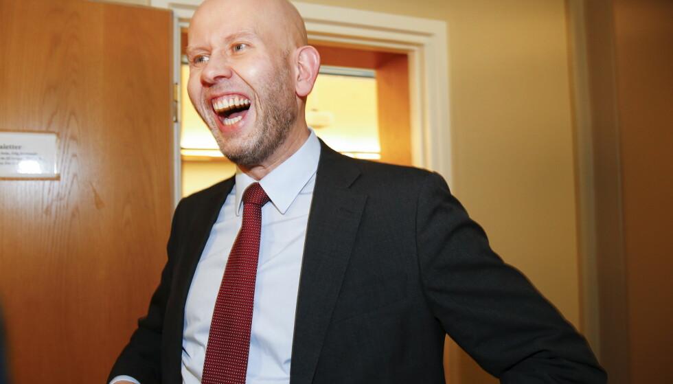 - TREKKER SEG: Tord Lien trekker seg som Olje- og energiminister etter det NTB erfarer. Foto: Terje Pedersen / NTB scanpix