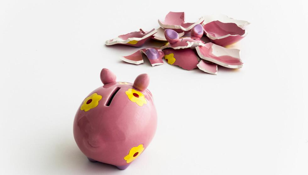 BLAKK VED BRUDD: - Dessverre er det mange som havner i et økonomisk uføre når forholdet tar slutt. Det er fortsatt kvinner som i størst grad går i de økonomiske samlivsfellene. Ugifte er mest utsatt, men både gifte og ugifte bør være oppmerksom på de økonomiske valg de tar i samlivet, skriver artikkelforfatteren. Foto: NTB Scanpix
