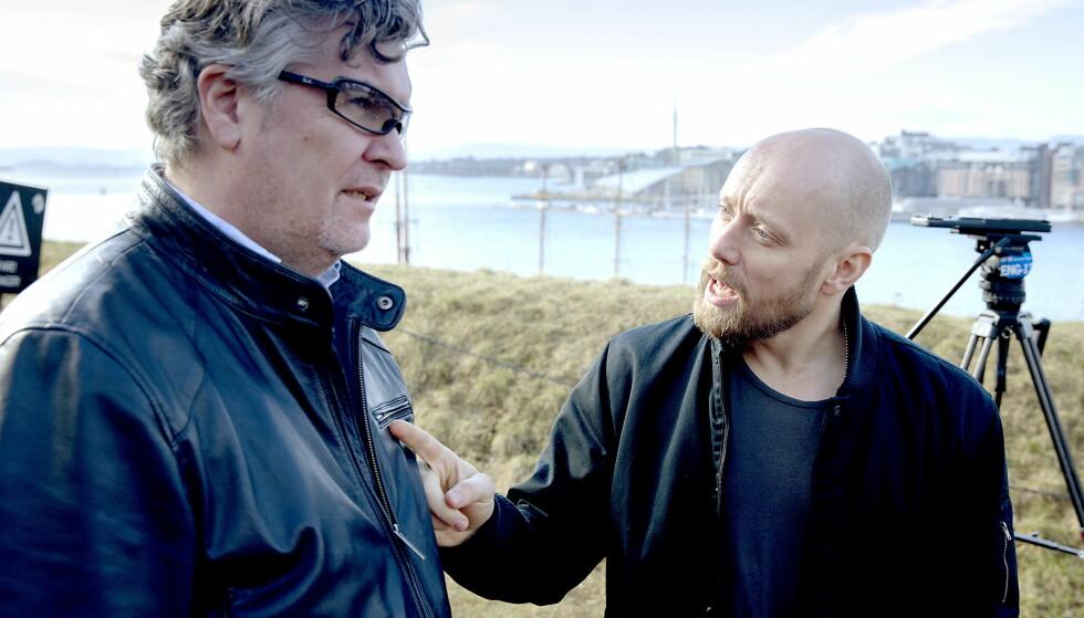 KJENT REGISSØR: Per-Olav Sørensen (t.v.) sammen med skuespiller Aksel Hennie under lanseringen av casten til NRK-serien «Nobel». Foto: Bjørn Langsem / Dagbladet