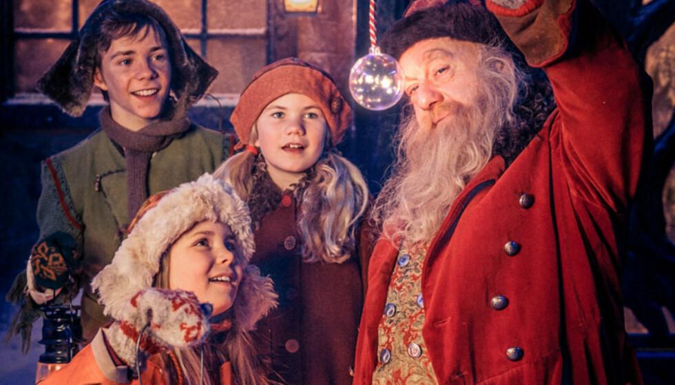 <strong>MAGISK:</strong> I «Snøfall» møter vi julenissen Julius som oppfyller barnas ønsker. Foto: NRK